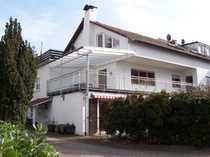 Helle 3-Zimmer-DG-Wohnung mit großer Dachterrasse