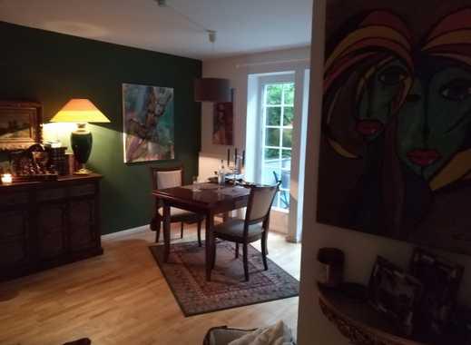 Exklusive 2-Zimmer-Wohnung mit Balkon und Einbauküche in BREMEN