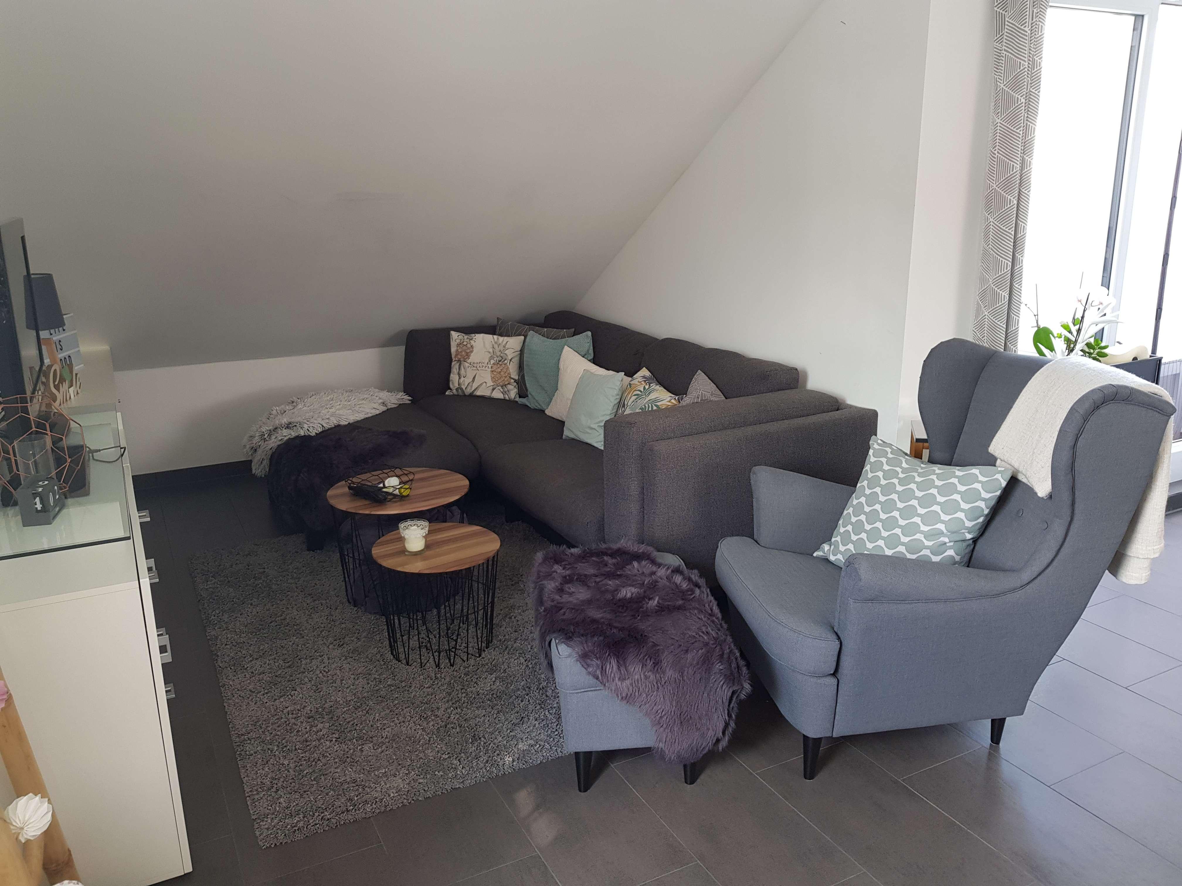 Neuwertige 2-Zimmer-DG-Wohnung mit Dachterrasse in Gersthofen