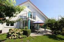 Repräsentatives Einfamilienhaus mit ELW in