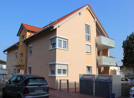 Hübsche Wohnung mit großer Loggia und Gartenanteil, in ruhiger Lage !
