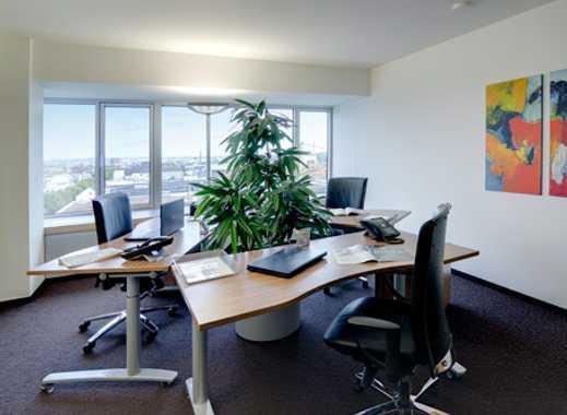 Ihr Privatbüro für 3-4 Personen - Frankfurt Lighttower