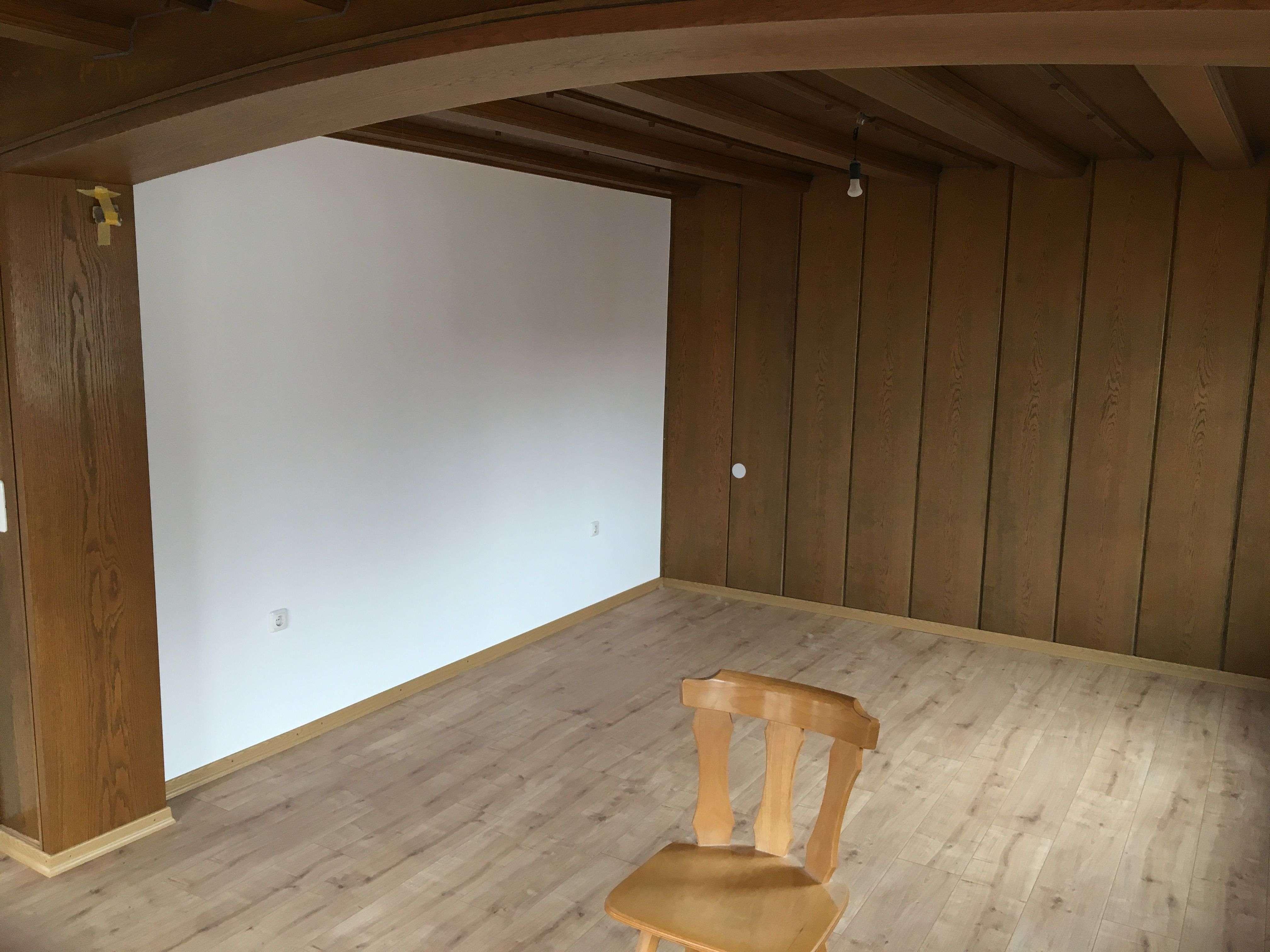 Vollständig renovierte 2-Zimmer-Wohnung mit Balkon in Aschaffenburg-Schweinheim in