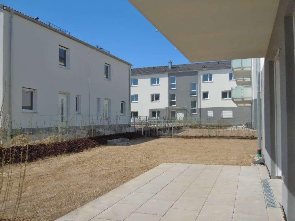 Helle hochwertige 3-Zimmer-EG-Wohnung mit Garten, Erstbezug, Aufzug, TG,