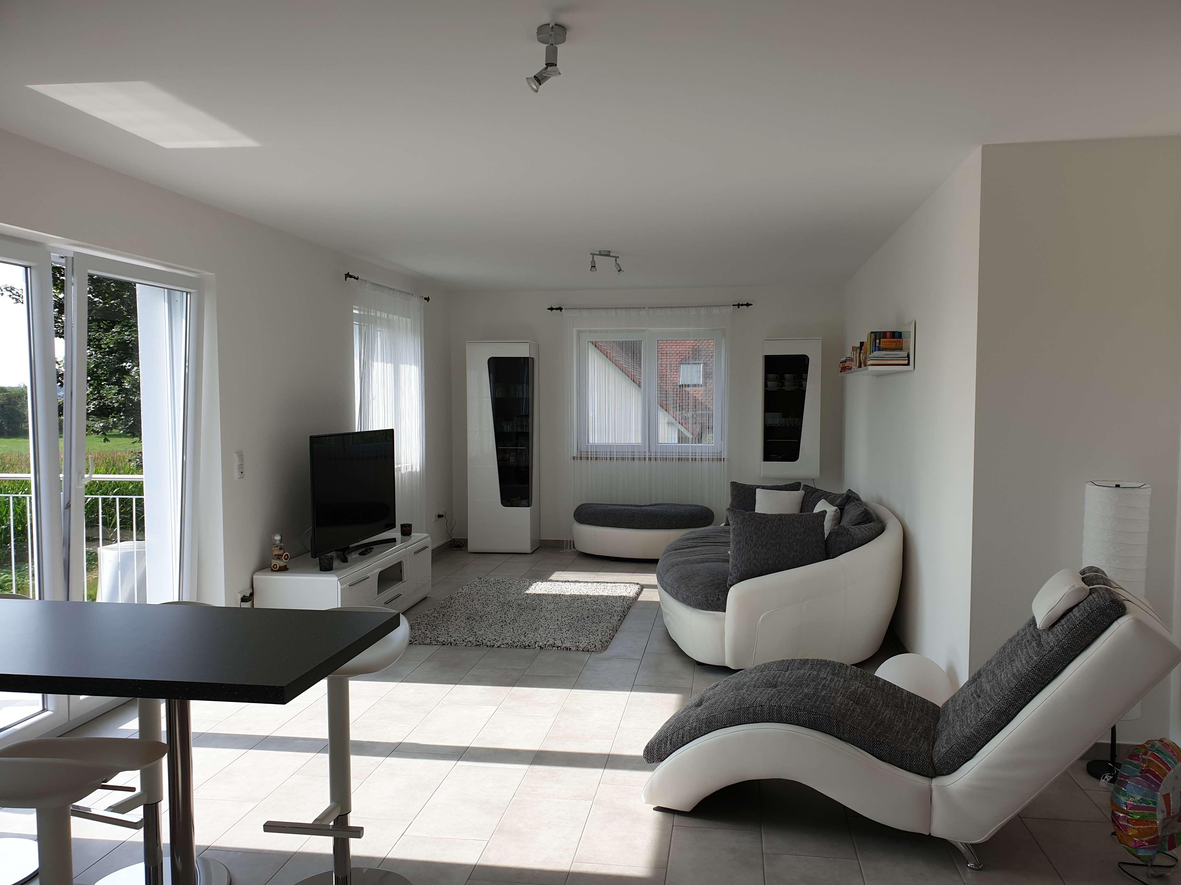 Exklusive 4-Zimmer-Wohnung mit Balkon bei Schweitenkirchen