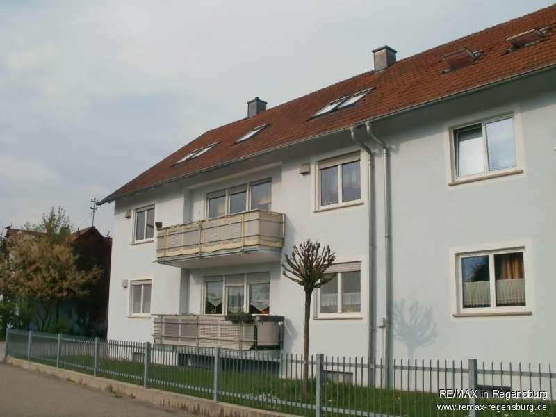 Großzügige 3-Zimmer-Wohnung mit Balkon!