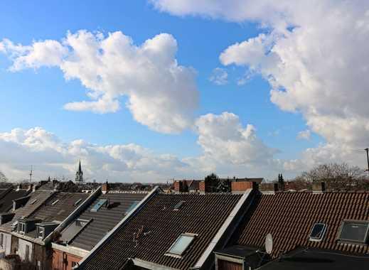 Ehrenfeld: schöne Dachgeschoss-Altbauwohnung, 3 Z/K/D/B WG-geeignet