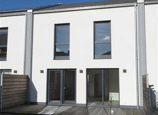 Modernes Reihenmittelhaus mit hochwertiger Ausstattung und Garten!