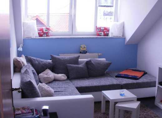 schicke gemütliche Zweiraum-DG-Wohnung mit Marmorbad