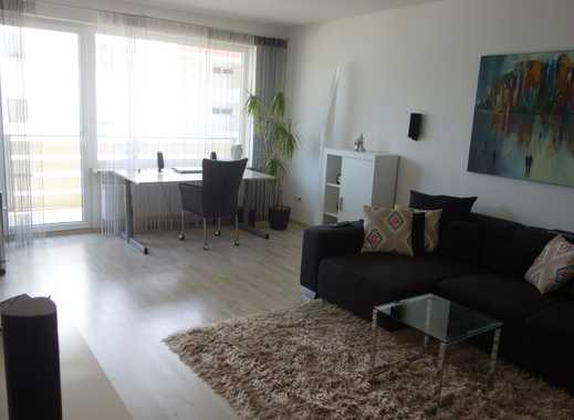 Schöne, geräumige zwei Zimmer Wohnung in Rosenheim, Happing