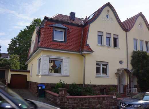 SB-Schenkelberg, großzügige Erdgeschosswohnung in einem 2-Familienhaus