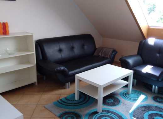 Möbilierte 2-Zimmer-DG-Wohnung in Uninähe