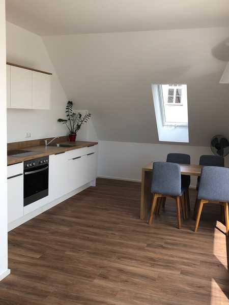 1-Zimmer Dachgeschosswohnung mit Dachterrasse in Mainburg
