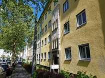 Sonnige Dachgeschoss Wohnung Nähe Bahnhof Wilhelmshöhe
