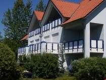 Ruhig gelegene, modernisierte 1,5-Zimmer-Wohnung mit Balkon und EBK in bester Lage Stadtbergen in Stadtbergen
