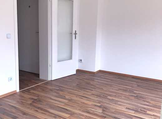 Frisch sanierte 1,5 Zimmerwohnung mit neuem Badezimmer und Garten im Herzen von Alstaden