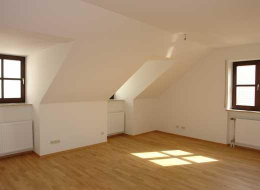 Zentral, mitten in der Altstadt - Exklusive, modernisierte 2-Zimmer-DG-Wohnung