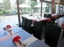Gepflegtes Restaurant mit Niveau Bar