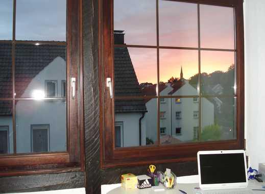 Modernisierte 2-Zimmer-Dachgeschosswohnung mit Einbauküche in Fröndenberg/Ruhr