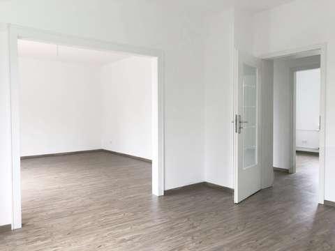 GARTENSTADT-Schöne Whg mit 3,5- 4 Zimmern, Westbalkon, hochwertigen ...