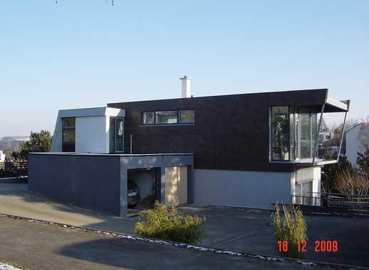 hochwertige 2-Z.-Wohnung incl. Gartenterrasse im Architektenhaus am Mittelberg