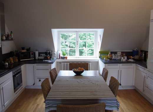 REUTER IMMOBILIEN Großzügige Vierzimmer-Maisonettewohnung Jugendstilaltbau mit Balkon in Marienburg