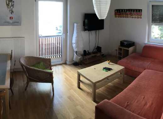 moderne 4-ZImmer Wohnung für 3er oder 4er WG ab 01.02