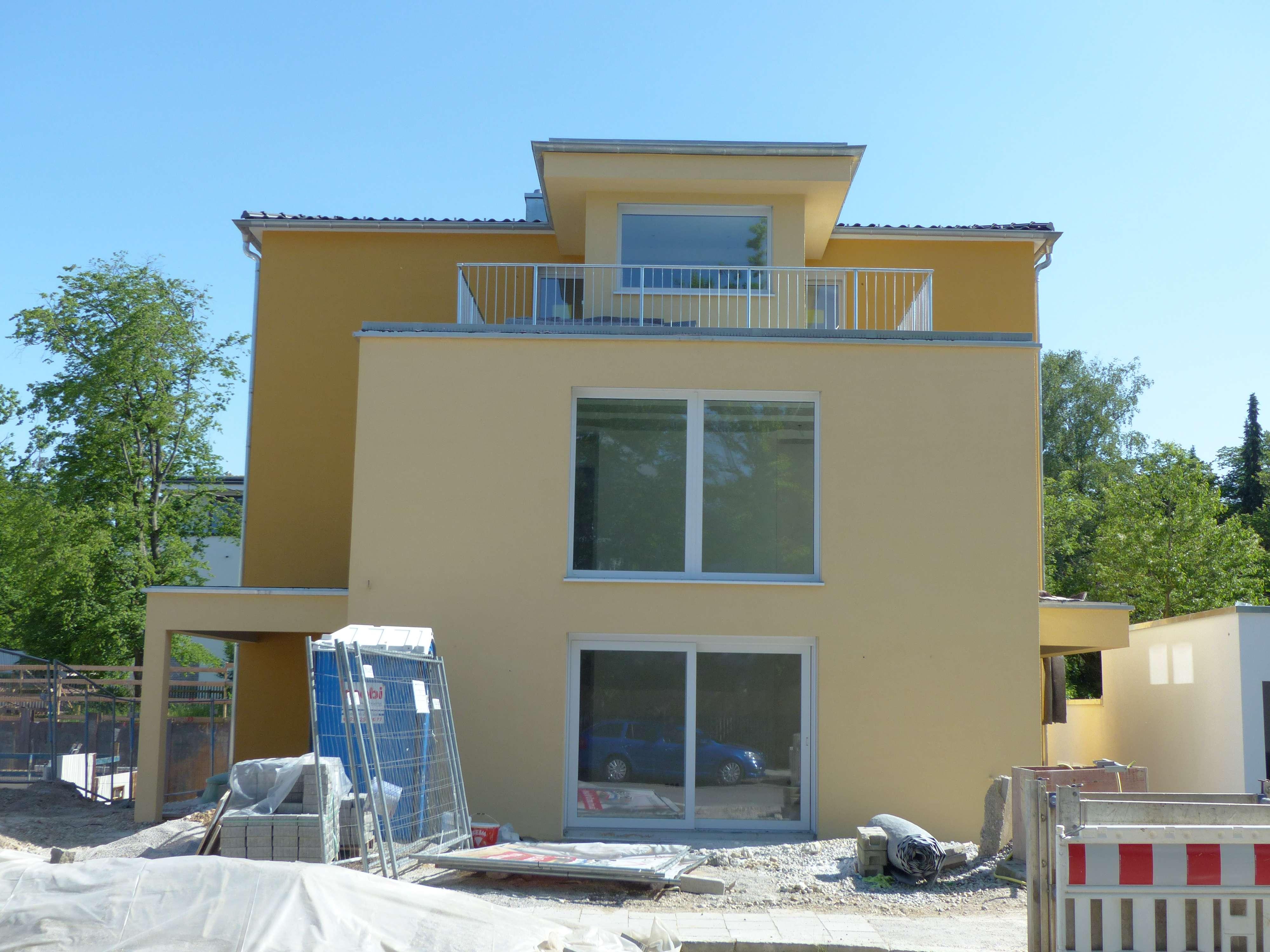 Helle und ruhige 3-Zimmer-Wohnung in Solln mit 2 schönen Balkonen, Top-Lage