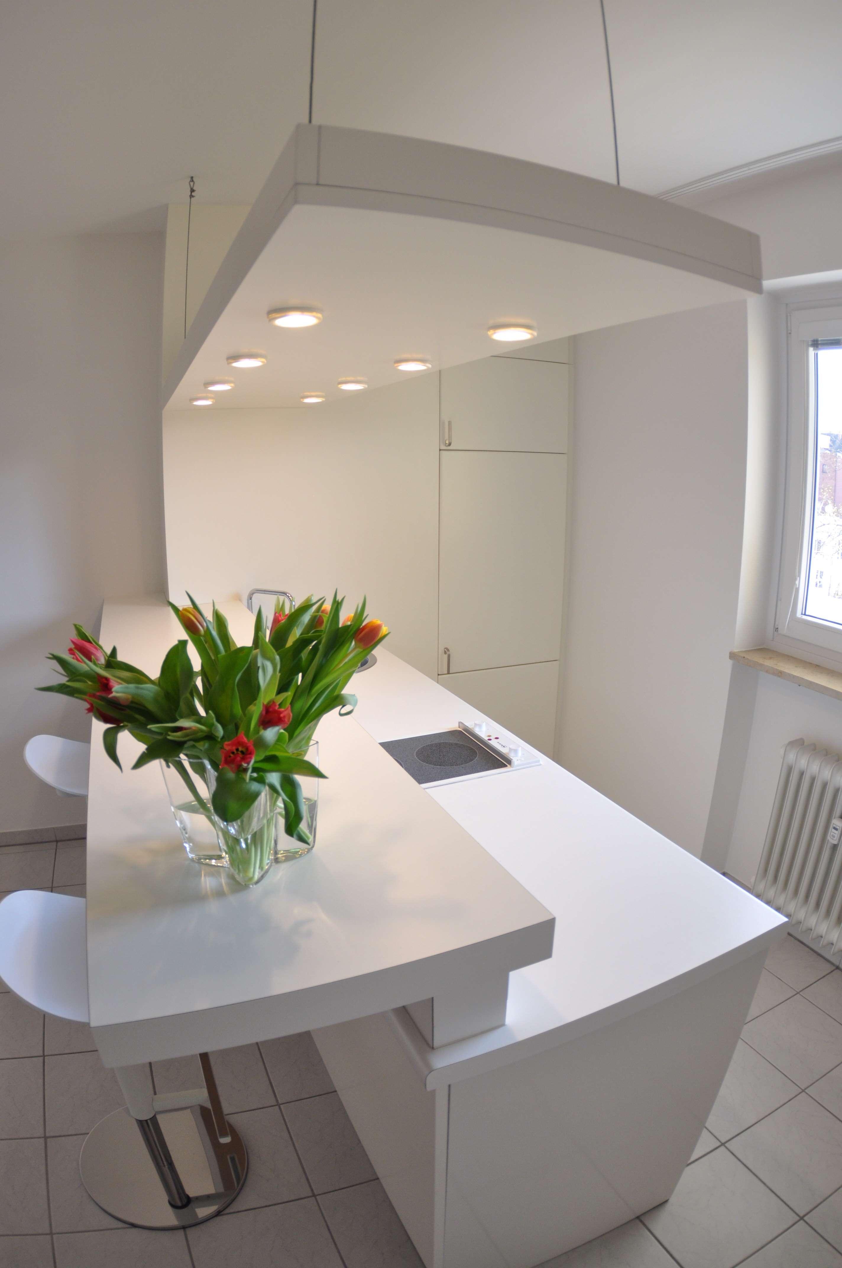 Helles, frisch renoviertes 1-Zimmer-Apartment in zentraler Lage in