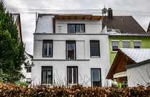 Ein- bis Dreifamilienhaus in guter Wohnlage