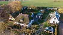 Bauernhaus mit Seeblick auf grossem