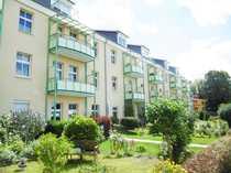 Schöne 2-Zimmer-Dachgeschoss-Wohnung mit Einbauküche Balkon