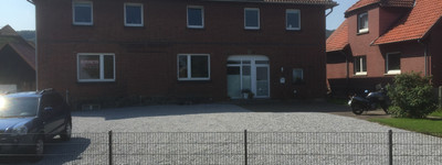 Gepflegte 5-Zimmer-Maisonette-Wohnung mit grossem Südwest-Balkon und Einbauküche in Porta Westfalica