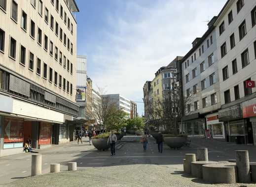 Attraktives Ladenlokal mit großer Schaufensterfront, in Ecklage auf der Schloßstraße