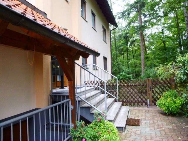 Sonniges, ruhig gelegenes 1,5 Zi-Appartement mit EBK  + Stellplatz in Schwaig