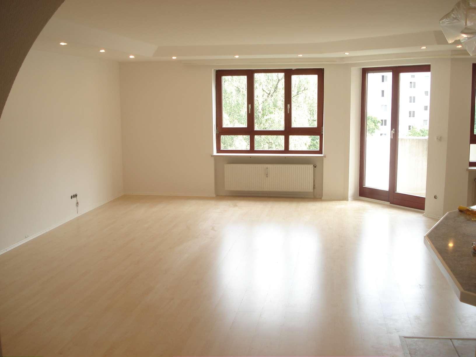 Traumhafte 3,5-Zimmer-Wohnung mit Südbalkon & grüner Oase (PROVISIONSFREI) in Obergiesing (München)