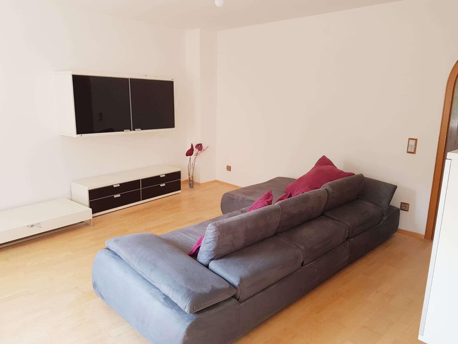 Exklusive, neuwertige 5-Zimmer-Wohnung mit Einbauküche in Nürnberg