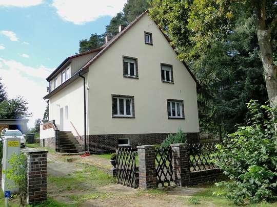 Freistehendes 2-Familienhaus in Wandlitz mit Ausbaumöglichkeiten - Bild 2