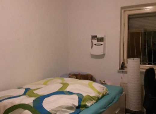 12 qm Zimmer in 5er WG in Doppelhaushälfte mit Garten
