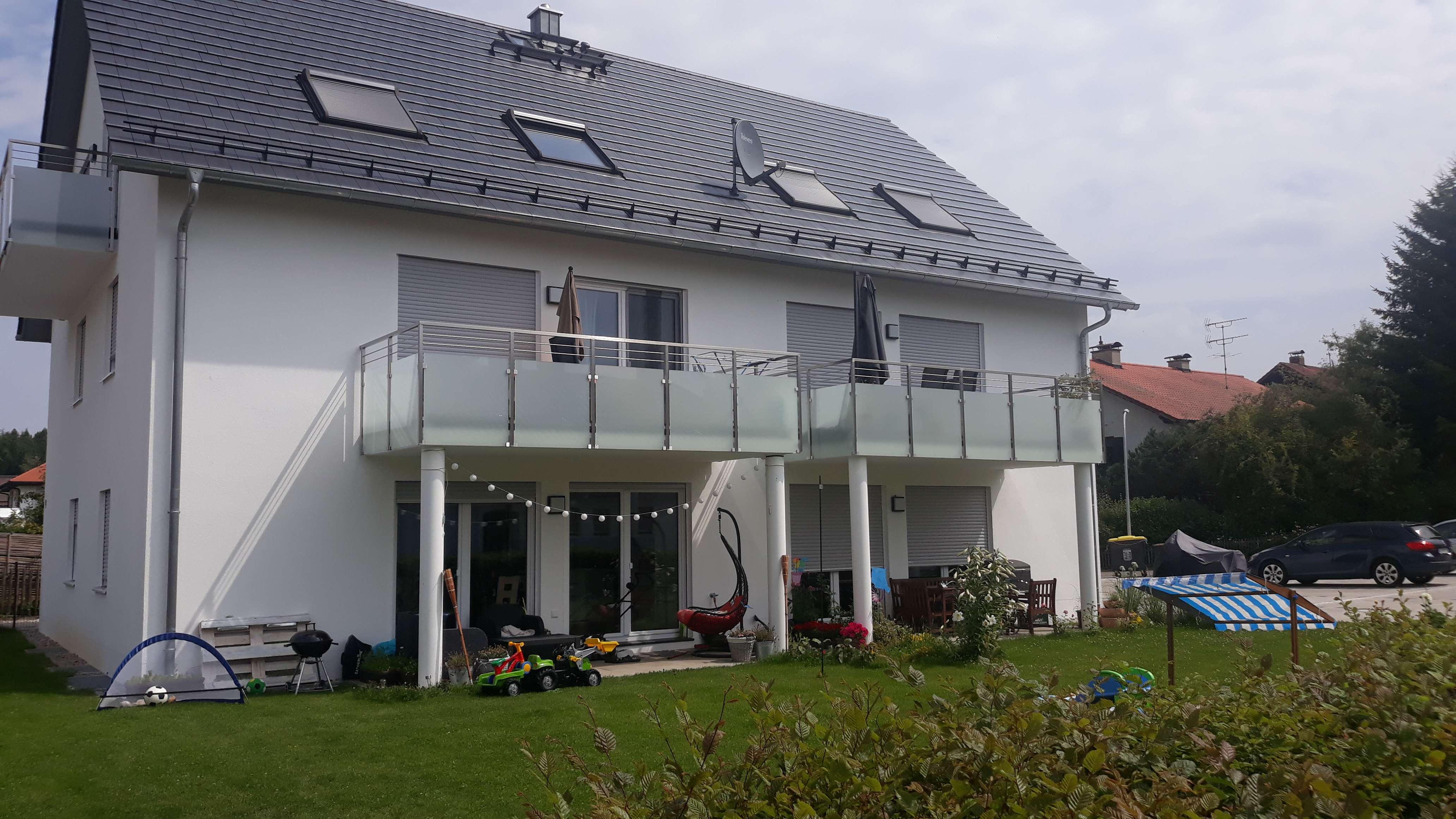 2,5-Zimmer-DG Whg mit EBK und Balkon in Geltendorf, 2 min zu Fuß zum Bahnhof in Geltendorf