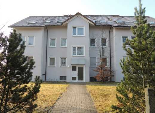 Helle 4-Raum-Wohnung mit Einbauküche und Balkon
