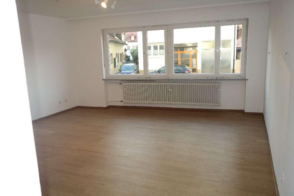 schöne 1-Zimmer- Hochparterre-Wohnung in Bamberg, nach Sanierung