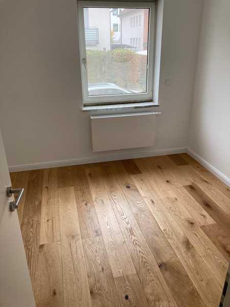 2 Zimmer Wohnung - Gerne als WG nutzbar in Unterschleißheim