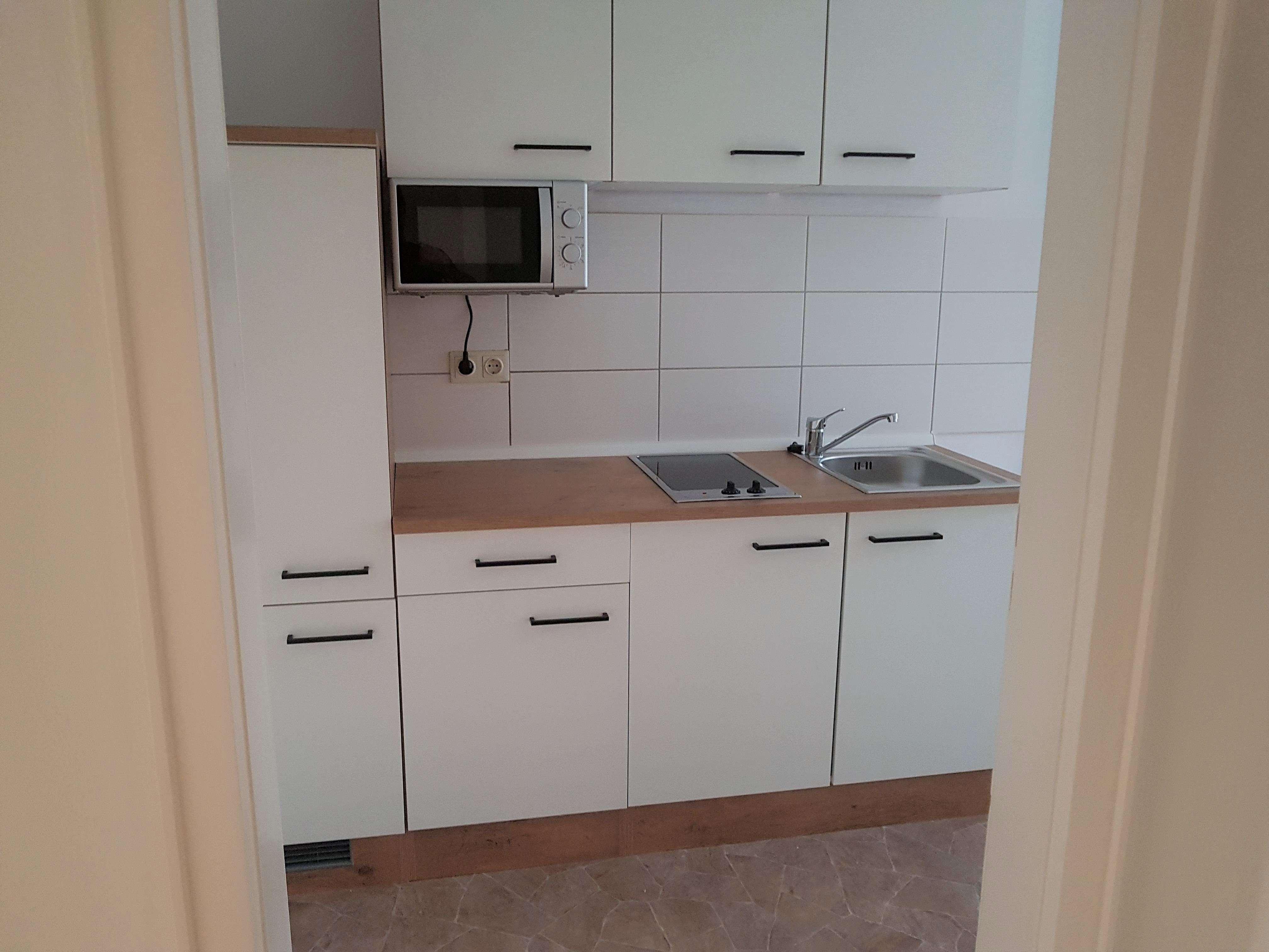 2- Zimmer Wohnung mit neuer Einbauküche in