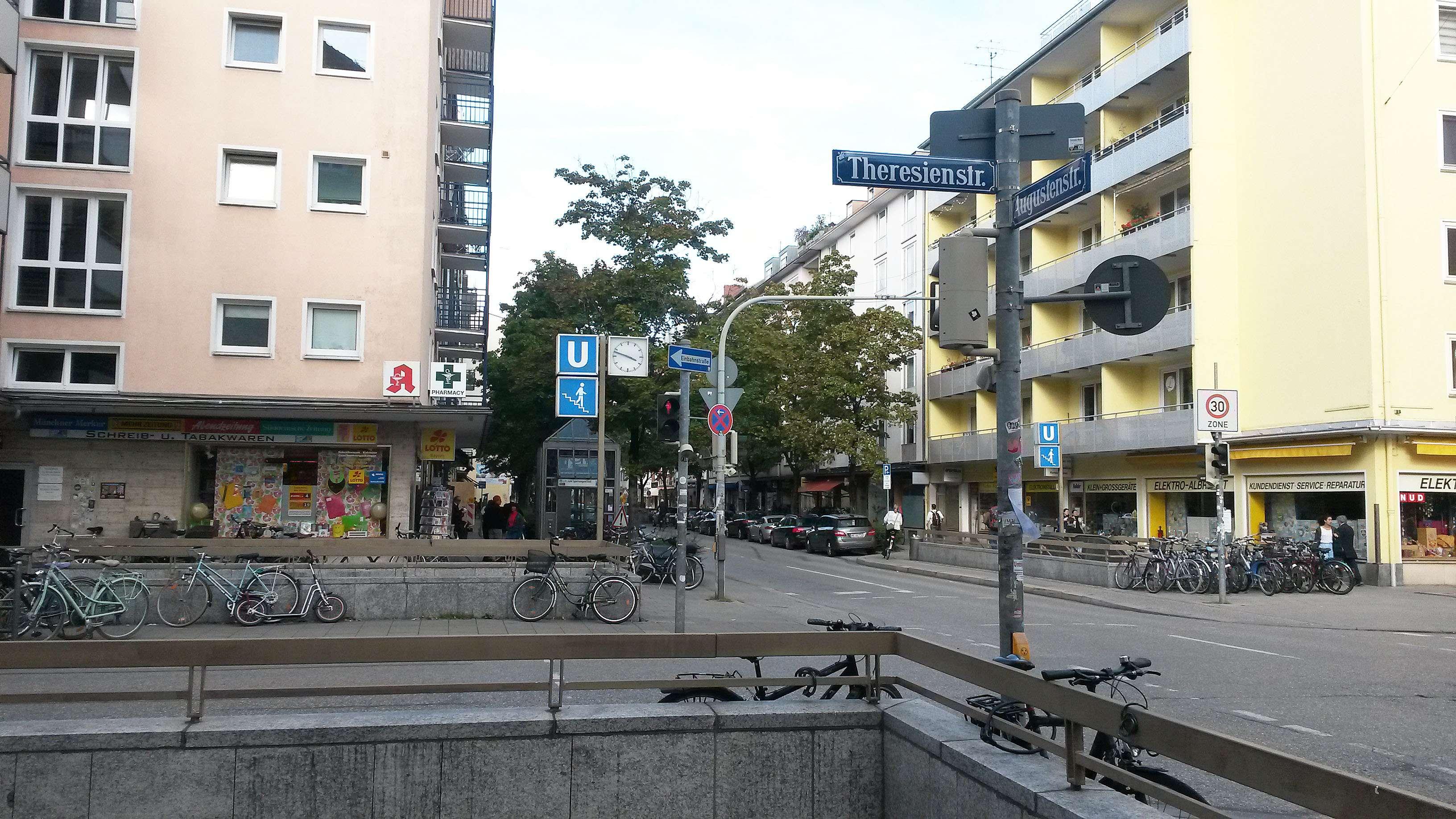Freundliche 1-Zimmer-Wohnung mit Einbauküche und Balkon in Maxvorstadt, München in Maxvorstadt (München)