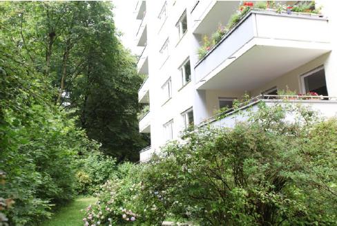 Helle 4 Zi.-Whg. mit Südwest-Balkon in parkähnlicher Anlage,   Prinz-Ludwigs-Höhe in Solln (München)