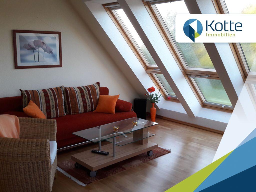 Ansprechend gestaltete 2-Zimmer Dachgeschoss-Wohnung mit Kaminofen