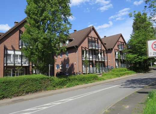 Wir bieten an 3 baugleiche ETWs 4 Zimmer mit Balkon im DG liegend verteilt auf drei Häuser