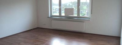 Großzügig geschnittene Wohnung mit Balkon wartet auf SIE!