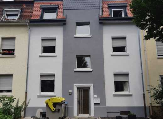 Schöne geräumige 3 Zimmer - Wohnung, nähe Waldpark